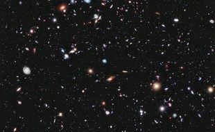 Assemblage de photographies spatiales baptisé «eXtreme Deep Field», réalisé grâce au télescope Hubble et dévoilé le 25 septembre 2012.