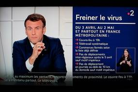 COVID-19, Intervention de Emmanuel Macron a la télévision pour annoncer le 3eme confinement du pays.