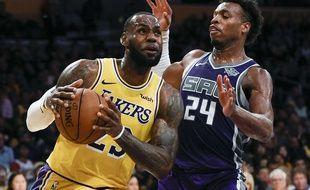 LeBron James, avec son maillot 23 des Lakers, en match de préparation face aux Sacramento Kings, le 4 octobre 2018.