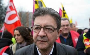 L'ancien président du Front de Gauche Jean-Luc Mélenchon à Paris le 2 décembre 2015