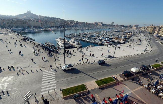 Marseille: Un homme poignardé et blessé par balle sur le Vieux-Port