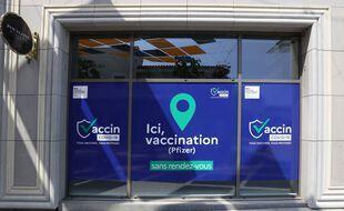 Un centre de vaccination anti-Covid-19 à Cagnes-sur-mer (Alpes-Maritimes).