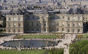 Vue générale du Palais du Luxembourg, siège du Sénat.