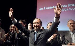 """Face à un François Hollande dont il se plaît à dénoncer l'incompétence et l'irresponsabilité en matière financière, Nicolas Sarkozy devrait à nouveau se présenter en président """"protecteur"""", seul garant du """"modèle social français"""". Toujours au plus bas dans les sondages, il a fait de ce discours de """"vérité"""" la clé de sa réélection en 2012."""