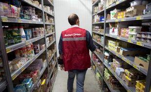 Le groupe de distribution Auchan a vu sa rentabilité et ses ventes progresser sur le premier semestre, portées par son expansion en Europe centrale et en Asie, alors que son activité en France s'est légèrement repliée.