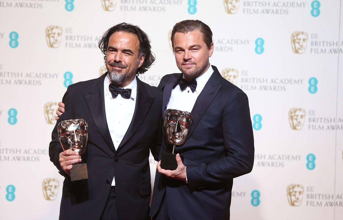 Alejandro Gonzalez Inarritu et Leonardo DiCaprio aux BAFTA, à Londres le 14 février 2016. – Joel Ryan/AP/SIPA
