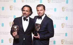 Alejandro Gonzalez Inarritu et Leonardo DiCaprio aux BAFTA, à Londres le 14 février 2016.