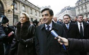"""Le Premier ministre François Fillon a déclaré jeudi que """"les grandes transformations économiques et sociales"""" s'amorceront en 2008, avec pour objectif """"un point de croissance supplémentaire"""", en présentant les voeux du gouvernement au chef de l'Etat."""