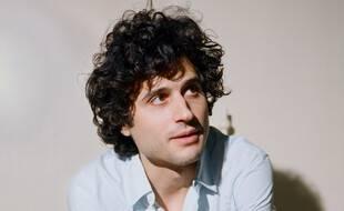 L'auteur, compositeur et interprète Adrien Gallo.