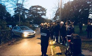 Les supporters ont attendu les joueurs à la sortie de l'entraînement pour leur faire entendre leur colère.