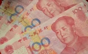 Des billets de cent yuans