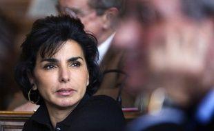 Rachida Dati (UMP), maire du VIIème arrondissement de Paris, a indiqué au Journal du dimanche qu'elle déposerait mardi sa candidature pour la primaire UMP en vue des élections municipales dans la capitale.