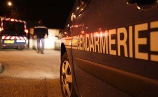 Illustration. Gendarmes la nuit.