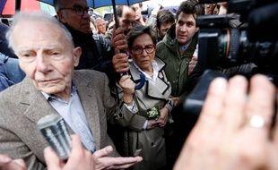 Les parents de Vincent Lambert lors d'une manifestation contre l'arrêt des soins, à Reims, en mai.