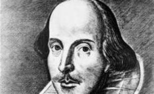 """La tombe de Shakespeare à Stratford-upon-Avon (centre-ouest) va faire l'objet de travaux de restauration, qui prendront bien soin d'éviter la """"malédiction"""" promise par le dramaturge à quiconque s'aviserait de déplacer ses ossements."""