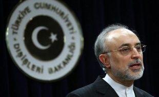 L'Iran espère une reprise rapide des discussions nucléaires avec les grandes puissances et attend qu'elles proposent une date et un lieu, a déclaré dimanche le chef de la diplomatie iranienne Ali Akbar Salehi.