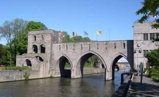 Le pont des Trous, à Tournai.