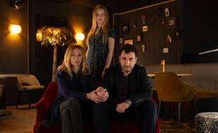 Sylvie Testud, Romane Jolly et Michaël Youn sont les vedettes de la minisérie « Fugueuse ».