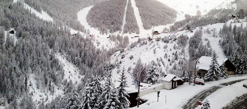 Jeudi, il est encore tombé jusqu'à 1m de neige dans la station d'Auron