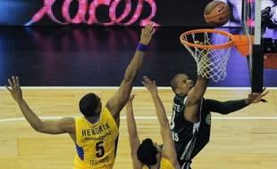 Tenant du titre, le Panathinaïkos jouera contre le Maccabi Tel-Aviv pour un remake de la finale 2011 lors du choc des quarts de finale de l'Euroligue de basket à partir de mardi.
