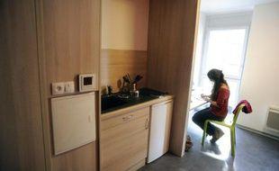 """Les auteurs du rapport proposent de """"resserrer les critères d'attribution des aides personnelles au logement"""" (APL)"""