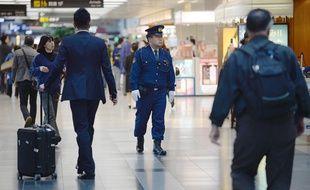 Un policier à Tokyo, au Japon, le 20 avril 2014.