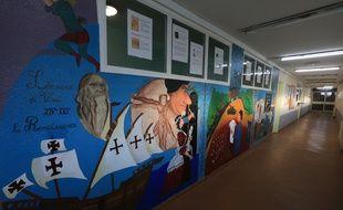 Strasbourg le 9 mars 2016. Une fresque historique réalisée par onze détenus de la maison d'arrêt de Strasbourg Elsau, avec la collaboration de la plasticienne Babette Reziciner.