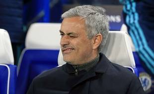 José Mourinho lors de Chelsea-Porto le 9 décembre 2015.