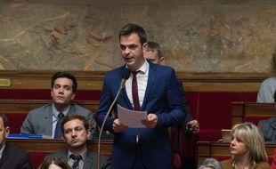 Olivier Véran, député LREM, défend un amendement pour mettre en place une expériementation de cannabis thérapeutique.