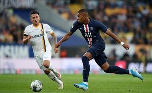 Kylian Mbappé a marqué deux buts face à Dresde.