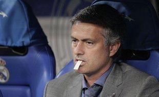 L'entraîneur du Real Madrid, José Mourinho, lors d'un match de Ligue des champions contre l'Ajax Amsterdam, le 15 septembre 2010.