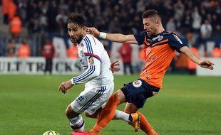 Avec notamment deux buts et un penalty provoqué, Nabil Fekir (ici face à Anthony Mounier) avait livré un récital la saison passée à Montpellier (1-5).