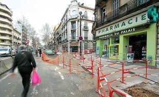Sur le boulevard Carnot, le chantier du BHNS est découpé en huit tronçons.