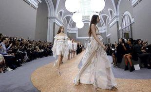 Défilé Chloé lors de la fashion week le 1er octobre 2015 à Paris