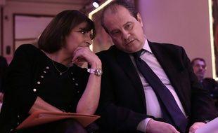 Anne Hidalgo et Jean-Christophe Cambadélis, en grande conversation, lors du lancement de la campagne des élections européennes en avril 2014.