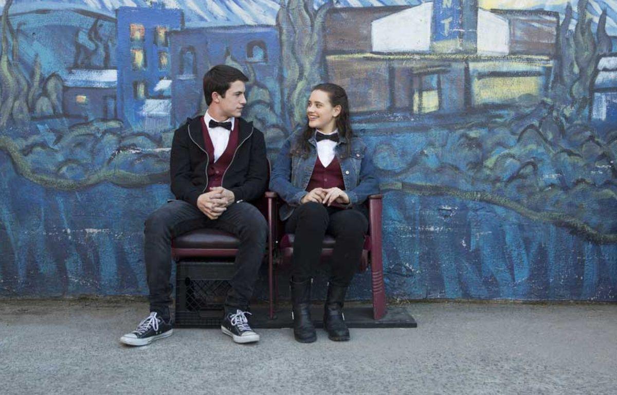 Dylan Minnette et Katherine Langford dans la série « 13 Reasons Why ». – Netflix