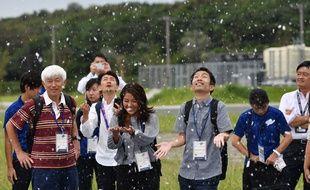 Les organisateurs des JO de Tokyo ont testé un système de neige artificielle pour rafraîchir les spectateurs en cas de forte chaleur.