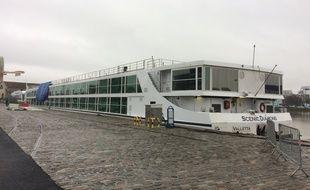 La compagnie Sienic est Australienne et dispose aussi de bateaux sur la Seine et le Rhône.