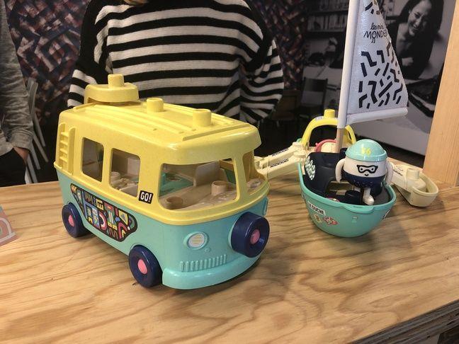 Le van et le bateau des Mini mondes