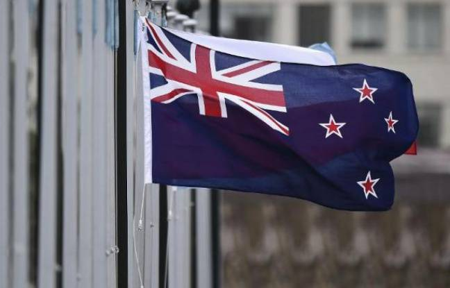Le drapeau de Nouvelle-Zélande devant le Parlement, à Wellington, le 29 octobre 2014