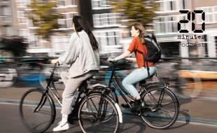 Illustration de femmes à vélo