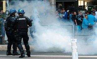 Des échauffourées avaient éclaté entre les forces de l'ordre et des supporters marseillais, en octobre 2017 aux abords du Vélodrome.