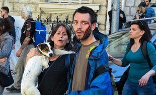 Des manifestants blessés près de la gare de Nice.