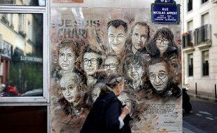 Une fresque hommage aux victimes de l'attentat contre Charlie Hebdo.