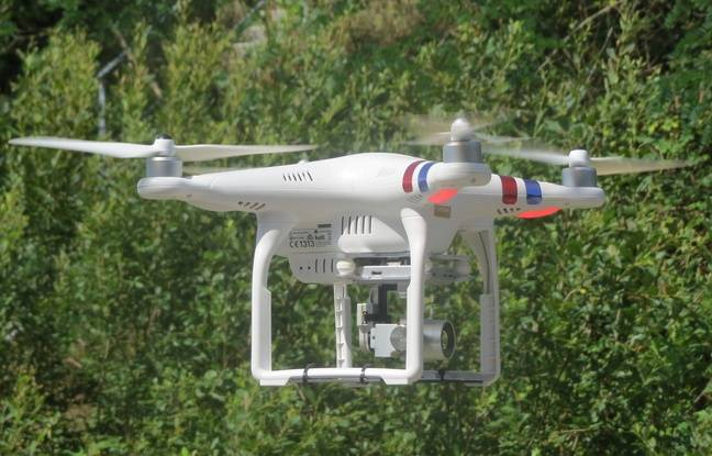The drone monitors the road from a height of 35 to 40 meters.