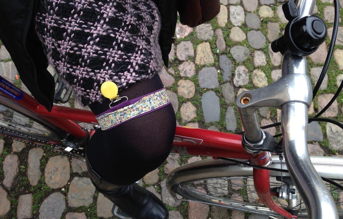Strasbourg, le 16 février 2016. - Jart'elle, une invention strasbourgeoise des «Filles à vélo» pour faire du vélo en robe en toute sérénité. – Floreal Hernandez