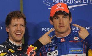 L'Allemand Sebastian Vettel, déjà sacré champion du monde, a été victime d'une crevaison d'un pneu de sa Red Bull et a abandonné pour la première fois de la saison, dimanche sur le circuit de Yas Marina, où se tient le Grand Prix d'Abou Dhabi de Formule 1.