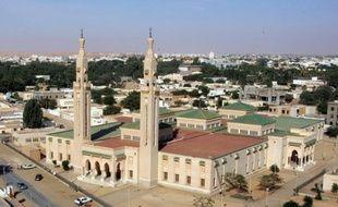 Le gouvernement mauritanien et la Société islamique pour le développement du secteur privé (SIDSP), filiale de la Banque islamique de développement (BID) ont signé à Nouakchott une convention qui permet à la Mauritanie d'émettre ses premiers bons du trésor islamiques.