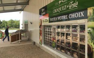 Le distributeur de Croquez du frais est ouvert tous les jours de 7h à 22h.