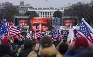Donald Trump face à ses supporteurs le 6 janvier 2021 avant l'attaque contre le Capitole de Washington.